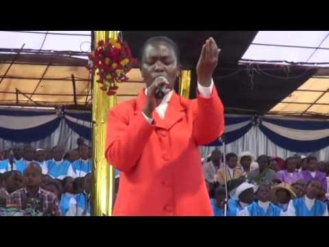 Mighty Prophet Dr.Owuor Teaching International Pastors, Nakuru 8/29/2014!