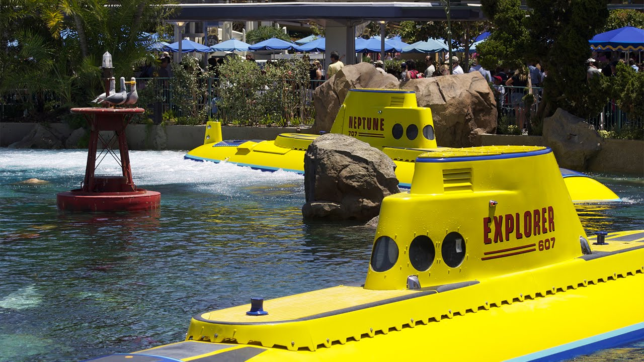 Finding Nemo Submarine Voyage Full Ride at Disneyland 2014 - YouTube