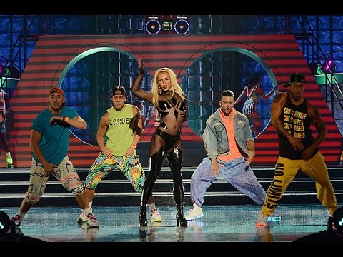 Britney Spears & Iggy Azalea - Pretty Girls ( Live BBMAs) 1080p HD