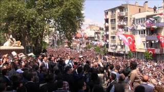 Cengiz Ergün'e ilgi yoğun olunca Şehzadeler Belediyesi o anları videodan çıkardı