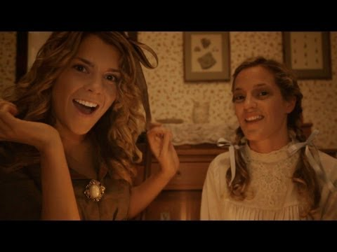 LIL WOMEN feat. Grace Helbig