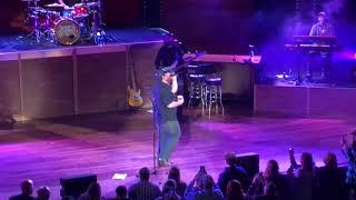 Download Lagu Luke Combs Covers Chris Stapleton Tennessee Whiskey at Ryman Gratis STAFABAND