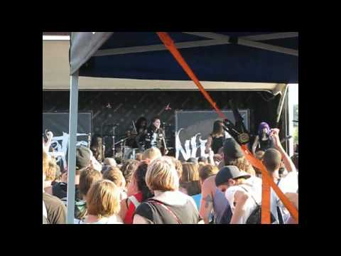 Motionless In White - Abigail (Darien Lake / Darien Center, NY 7/12/2011)