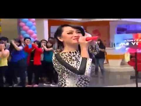 Zaskia Gotik Goyang Oplosan Versi Patah Patah  Yks video