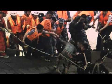 BREAKING: China 400 Hundred Missing Boat Sinks Yangtze River