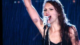 Watch Taylor Swift In The Pouring Rain video