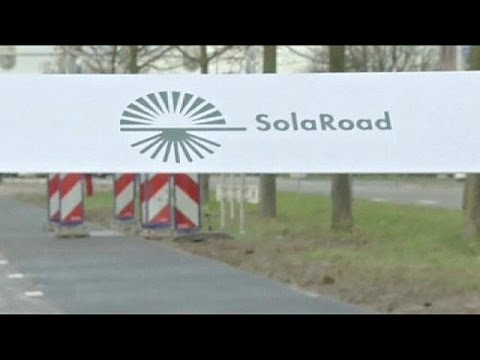 تدشين أول ممر للدراجات بالعالم بتوليد الطاقة الشمسية في هولندا