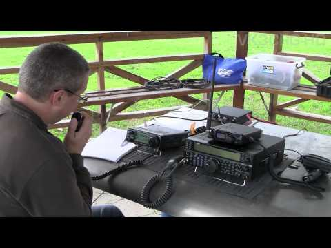 Portable HF Amateur Radio in the park with Steve & Craig VK3CRG