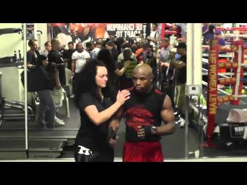 Full Floyd Mayweather vs Manny Pacquiao Interview MAY 2 and TMT EsNews