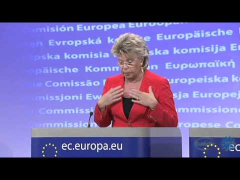 EU's Reding proposes legal action against France over Roma deportations