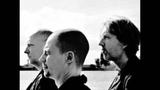 (21.2 MB) E.S.T Live in Hamburg - Behind the Yashmak Mp3