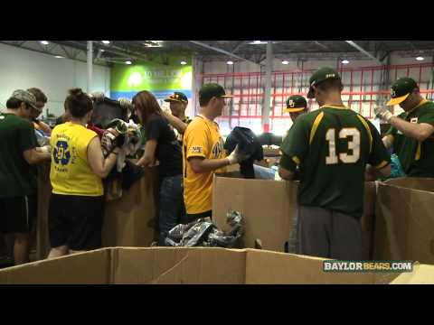 Baylor Baseball: Bears Lend a Helping Hand