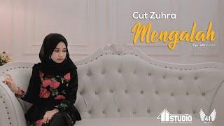 CUT ZUHRA - MENGALAH (Official Music Video)