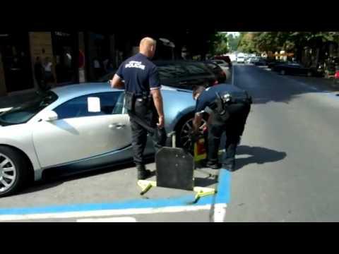 Полиция ставит башмак на Bugatti Veyron