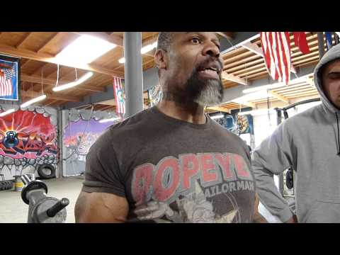 CT Fletcher Bench Press Seminar: Bodybuilding Versus Powerlifting Image 1