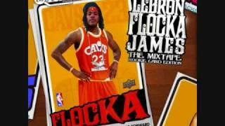 Watch Waka Flocka Flame Flexxin video