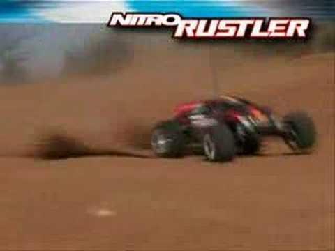 Traxxas Nitro Rustler 2.5 Off-Road!