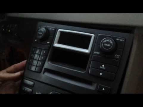 How to Remove Radio / Display / CD Changer from 2004 Volvo XC90 for Repair.