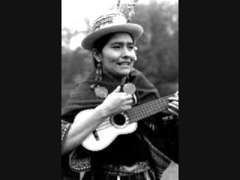 Luzmila Carpio- achamamata tikanchasun (adoremos a la madre tierra)