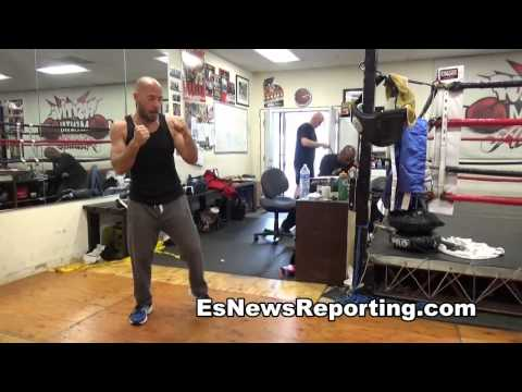 boxing 101 first day at the gym what are the first steps  -- EsNews boxing