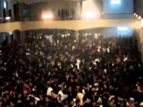 ATIF aslam IN PUNJAB COLLEGE faisalabad IN december 2010mp4
