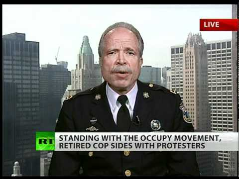 Punished for supporting OWS? Police captain Ray Lewis talks to RT