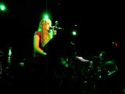 Charlotte Martin - Bizarre Love Triangle