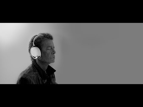 Lou Reed's interview for Parrot Zik headphones