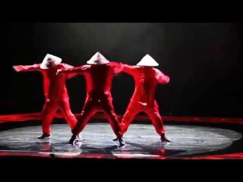 Современные танцы, классное выступление!