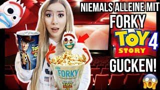 die FORKY WAHRHEIT toy story 4 im Kino ALLEINE herausfinden (Steckt WOODY dahinter?)