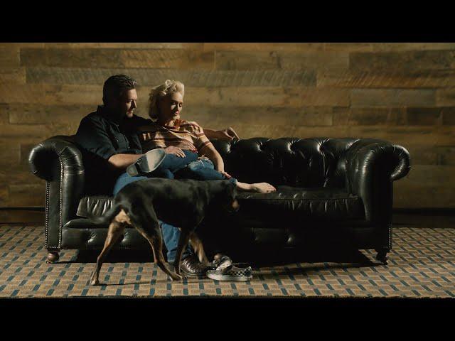 Blake Shelton - Nobody But You (Duet with Gwen Stefani) (Official Music Video) thumbnail