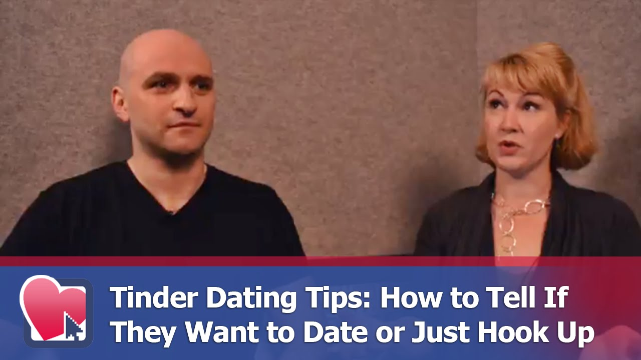 how to tell a girl wants to hook up