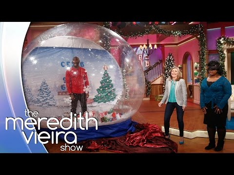 Tyson Beckford Plays 'Celeb In A Snow Globe!' | The Meredith Viera Show