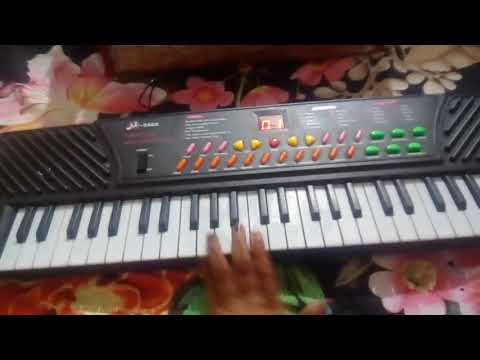Saregama on piano