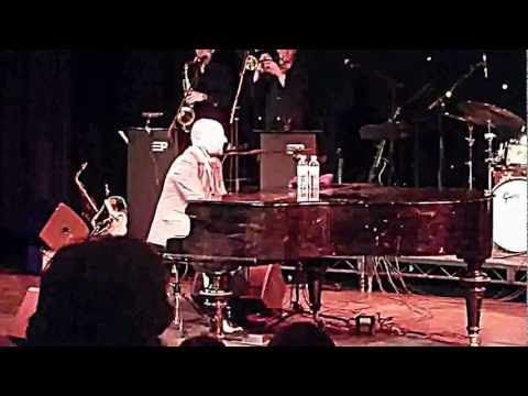 Elio Pace - Get It Right The First Time (live) Feb 3rd 2012