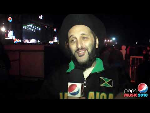 ALBOROSIE / Nota /  Dia 2 / Pepsi Music 2010 (Outdoors)