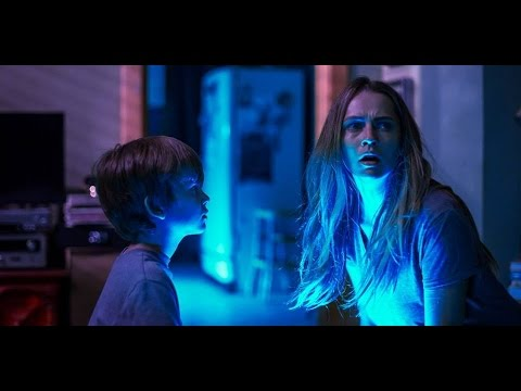 """CUANDO LAS LUCES SE APAGAN - Switch 15"""" (Doblado) - Oficial Warner Bros. Pictures"""