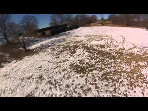 Some fun FPV DJI Phantom flying at Rockwood Park, NY on the Hudson River
