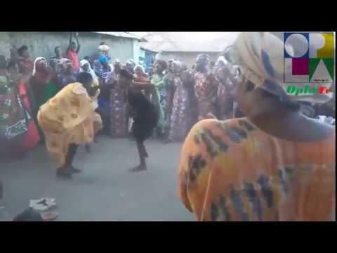 رقص افريقي غريب / African dance strange thumbnail