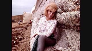 Watch Dusty Springfield Earthbound Gypsy video