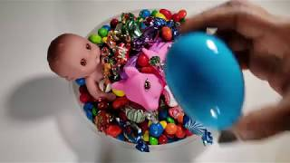 amazing EGG CANDIES with nursery Rhyme RAIN RAIN GO A WAY  SING-ALONG SONG -  SUPER CANDY SONGS