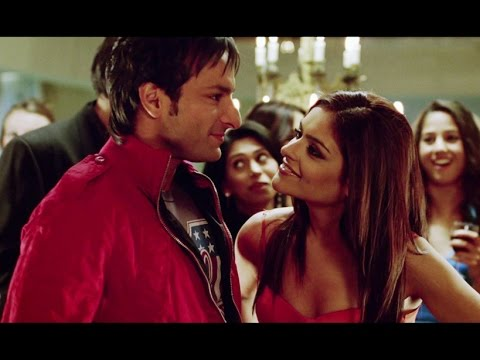 Saif Ali Khan Brushes Up His Flirting Skills - Love Aaj Kal