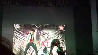 NITK Razmatazz'14 Amazing Dance Duet Palash and Akul