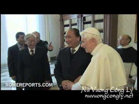 Đức Giáo Hoàng tiếp TBT Đảng CSVN Nguyễn Phú Trọng tại Vatican 22/1/2013