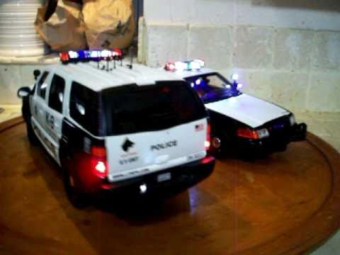 1/18 Las Vegal Metro Police LVMPD Crown Vic and GMC SUV K-9 Ut