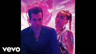 Mark Ronson Nothing Breaks Like A Heart Vertical Audio Ft Miley