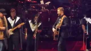 download lagu Justin Timberlake - Friends In Low Places W/garth Brooks gratis