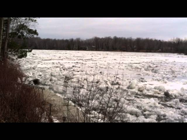 Menominee River ice going out on 4/13/14
