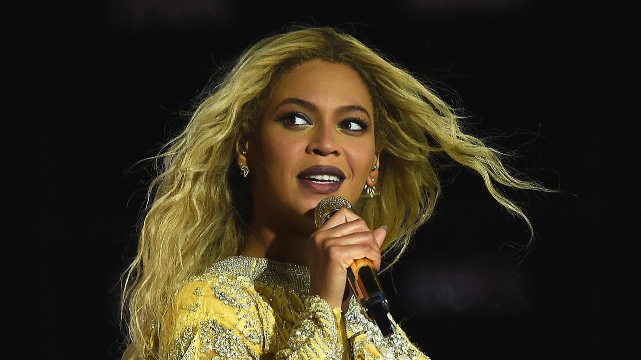 Beyonce's Pregnancy Announcement Poses Coachella Problem & Worries Festival-Goers