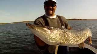 Lac Seul Big Pike Highlights
